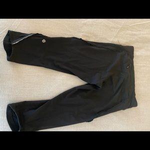 Lululemon running tights with small ruffles